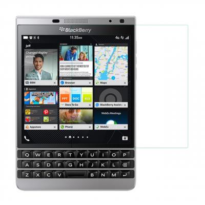 محافظ صفحه نمایش شیشه ای مدل Tempered مناسب برای گوشی موبایل بلک بری Passport Silver Edition (بی رنگ)