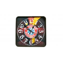 ساعت دیواری گلدن طرح بایرن مونیخ کد 10010116 (بی رنگ)