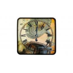 ساعت دیواری گلدن  طرح گرامافون کد 10010158