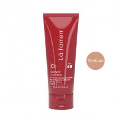 کرم ضد آفتاب و ضد لک رنگی لافارر مدل Oily And Acne-Prone Medium حجم 40 میلی لیتر (قرمز)